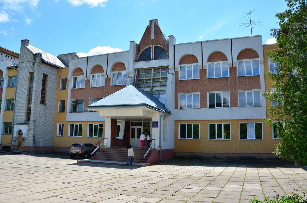 Цього тижня на ремонт закладів освіти, медицини та культури Дрогобича з міського бюджету виділили 420,8 тис. грн