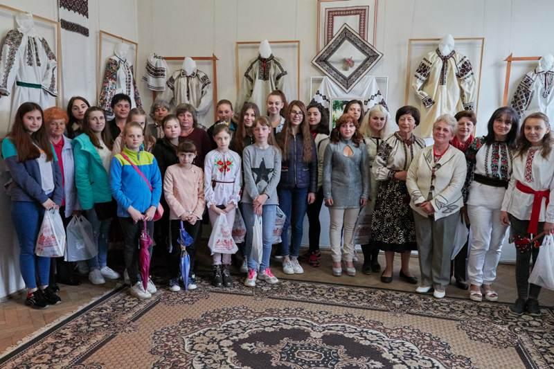 """Музей """"Дрогобиччина"""". Підведені підсумки  конкурсу бойківської вишивки."""