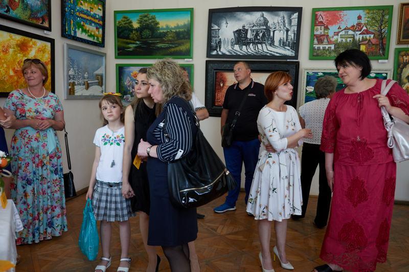 """Музей """"Дрогобиччина"""": Запрошуємо відвідати персональну виставку живопису Олега Олексина «FRANKO FOREVER»"""