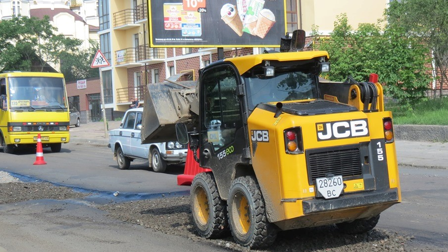 У Департаменті міського господарства озвучили перелік доріг, які планують відремонтувати найближчим часом