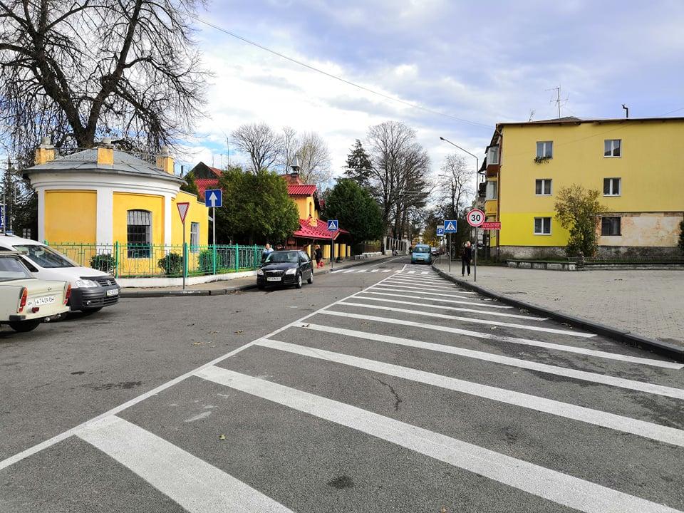Нагадуємо водіям про зміни руху транспорту на вулиці Івана Франка