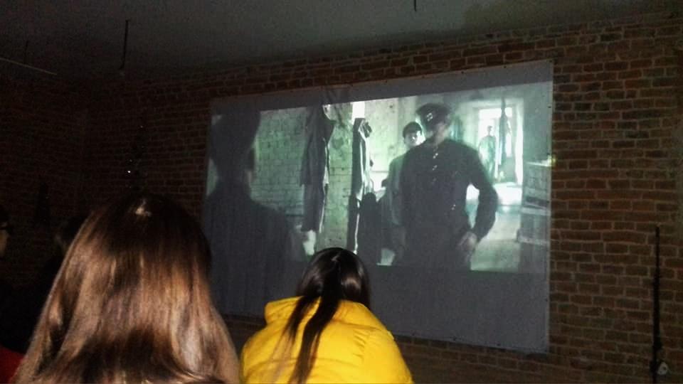 У річницю бою під Крутами дрогобицькій молоді презентували фільм