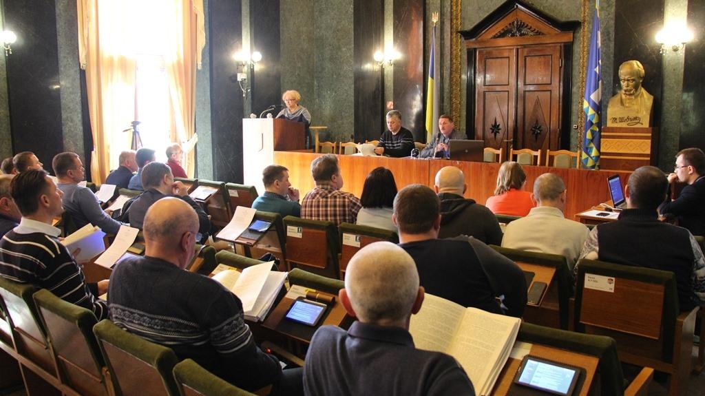 Депутати ДМР вимагають від держави залучити представників з усіх регіонів України до написання Закону про землю