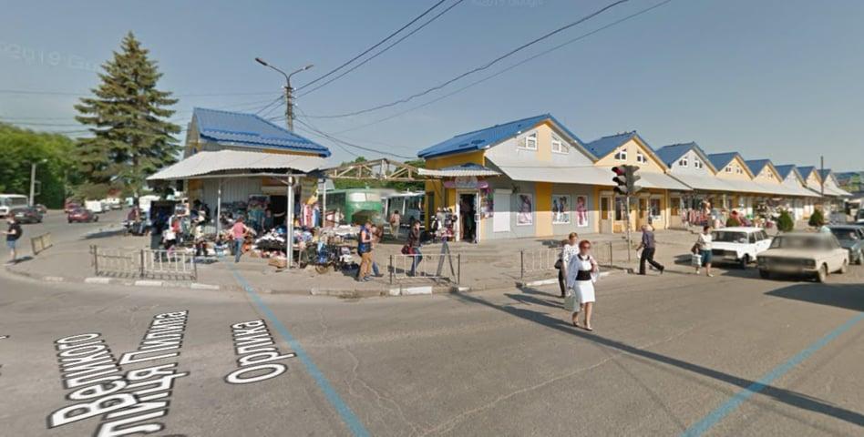 У Дрогобичі відновили роботу промислового та молочного ринків