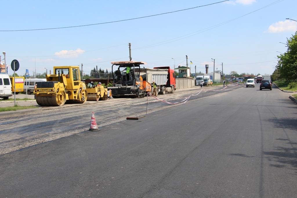 Міський голова зобов'язав усунути недоліки ремонту вулиці Володимира Великого