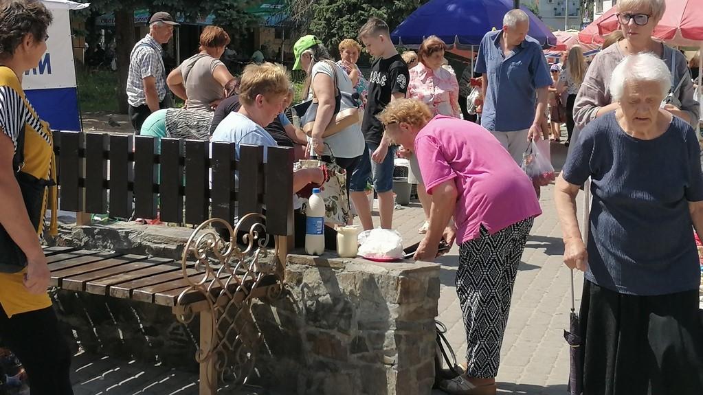 Не допустити повернення стихійної торгівлі на центральні вулиці Дрогобича – завдання муніципальній варті від міського голови