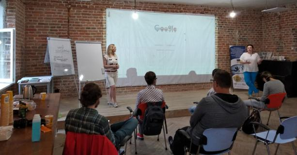 Стати успішним підприємцем: Для молоді міста провели тренінг
