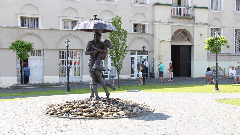 День туризму: Креативне привітання від дрогобичанки Марти Мацьків
