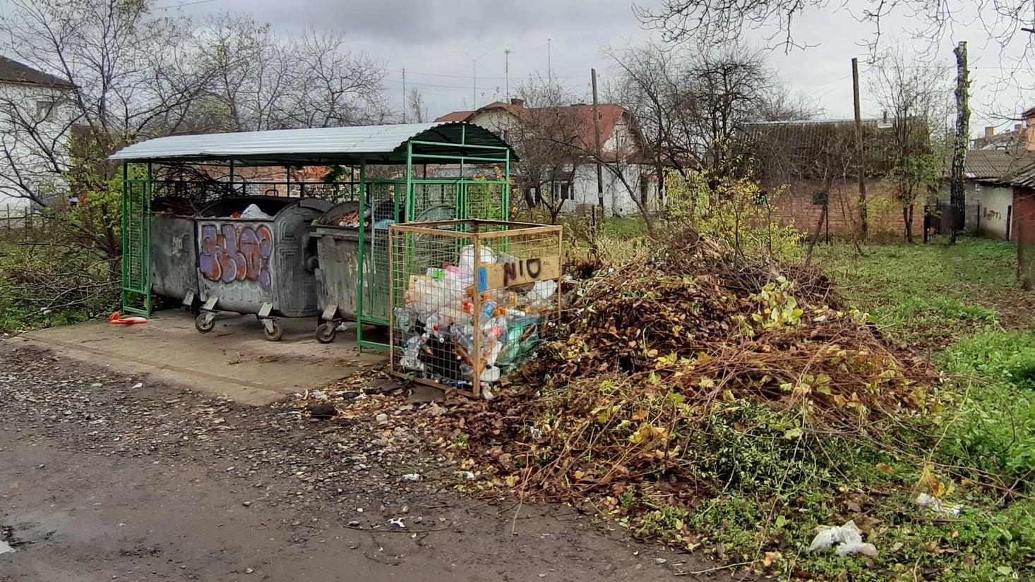 Великогабаритне сміття: У КП «СМУ» нагадують про правила утилізації