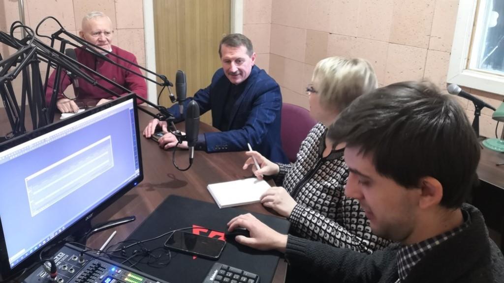 "Тарас Кучма у студії радіо ""Франкова Земля"""