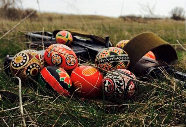 У Вербну неділю волонтери з Дрогобича відвідають воїнів на сході України