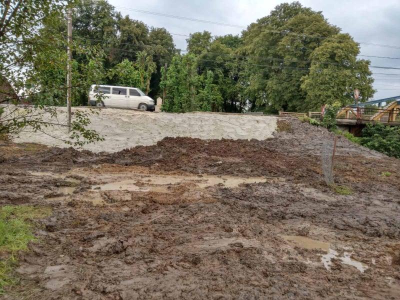 У селі Лішня ліквідували наслідки зсуву ґрунту